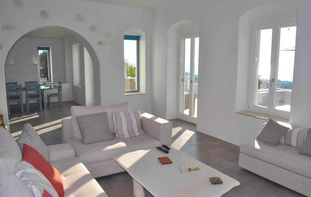 Sea view villa in Paros for Sale, Paros Greece Properties 2