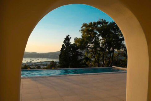Sea view villa in Paros for Sale, Paros Greece Properties 5