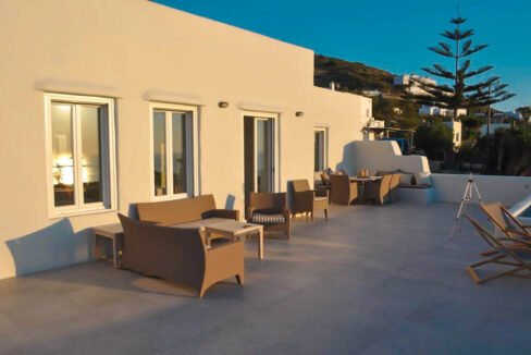 Sea view villa in Paros for Sale, Paros Greece Properties 6