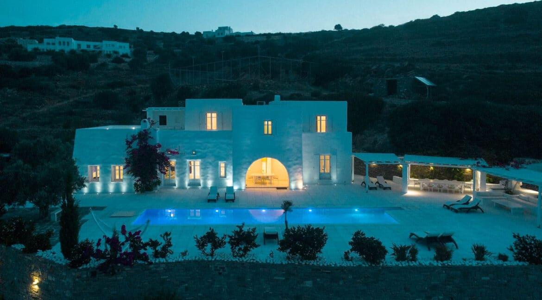 Hill Top Villa in Paros Greece, Paros Properties, Villas in Paros.JPG