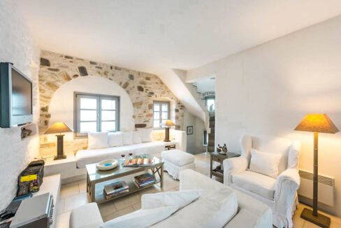 House for Sale in Paros Island Greece. Properties for Sale Paros 10