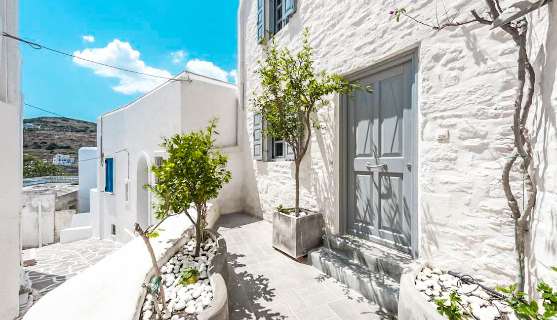 House for Sale in Paros Island Greece. Properties for Sale Paros 13
