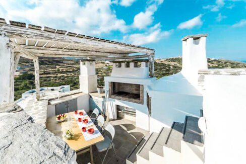 House for Sale in Paros Island Greece. Properties for Sale Paros 3