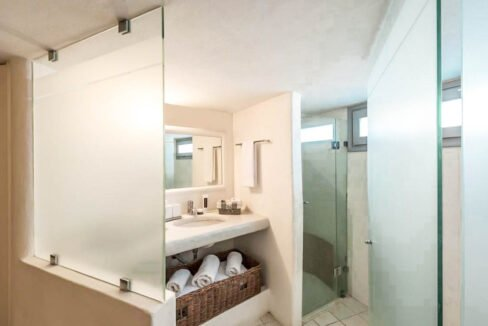 House for Sale in Paros Island Greece. Properties for Sale Paros 5