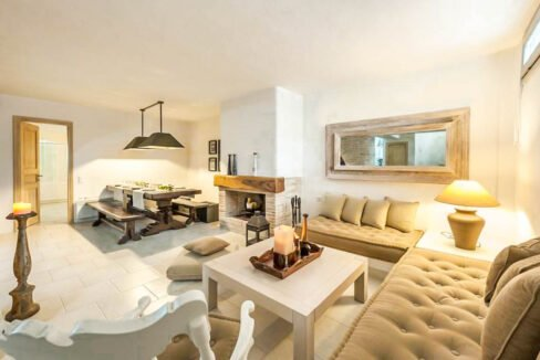 House for Sale in Paros Island Greece. Properties for Sale Paros 8