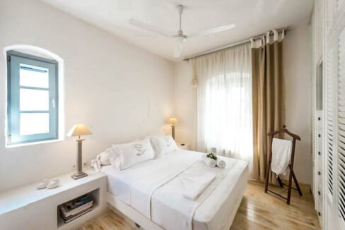 House for Sale in Paros Island Greece. Properties for Sale Paros 9