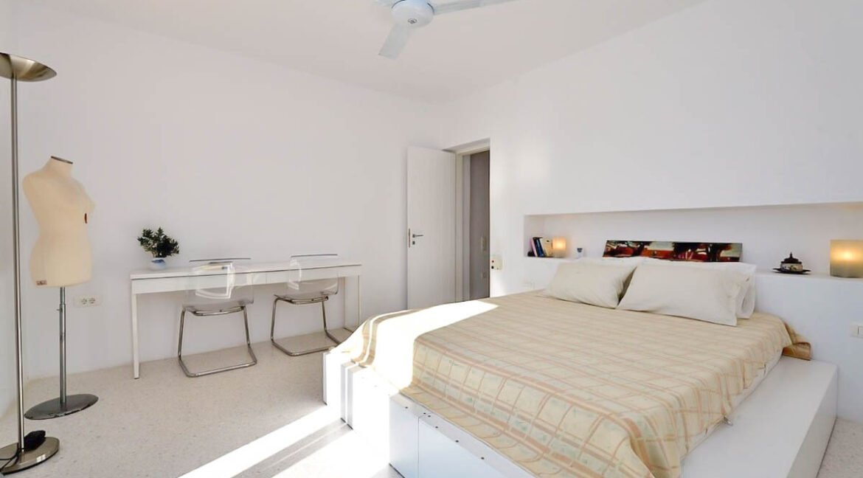Mansion in Paros for sale, Paros Villa. Luxury Property Paros Greece for Sale 9