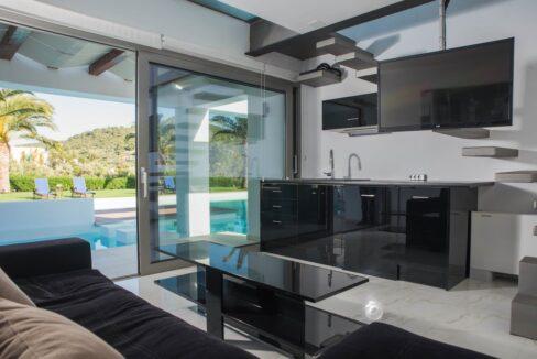 Seafront Villa Porto Heli Peloponnese, Luxury Estates in Porto Heli 11