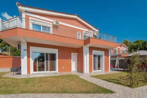 Seafront Villas in Zakynthos, Complex of 2 villas for sale 33