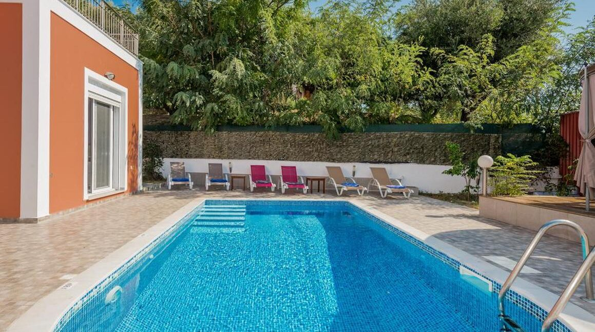 Seafront Villas in Zakynthos, Complex of 2 villas for sale 34