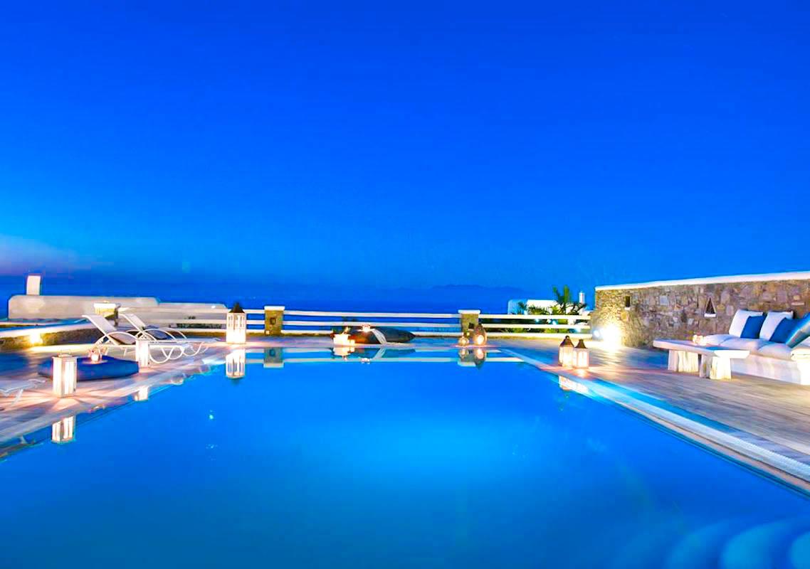 Villa in Super Paradise Mykonos