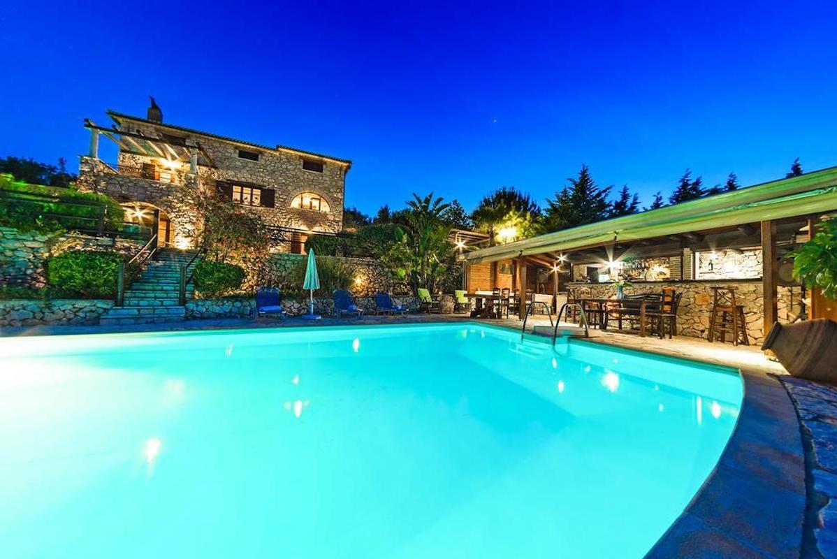 Complex of 4 stone villas in Zakynthos for sale