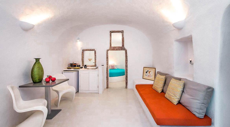 Cave Houses in Santorini Finikia Oia . Santorini Property 19