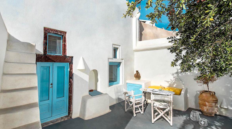 Cave Houses in Santorini Finikia Oia . Santorini Property 21