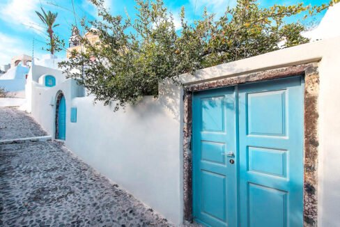 Cave Houses in Santorini Finikia Oia . Santorini Property 22