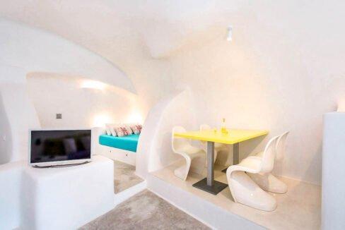 Cave Houses in Santorini Finikia Oia . Santorini Property 7