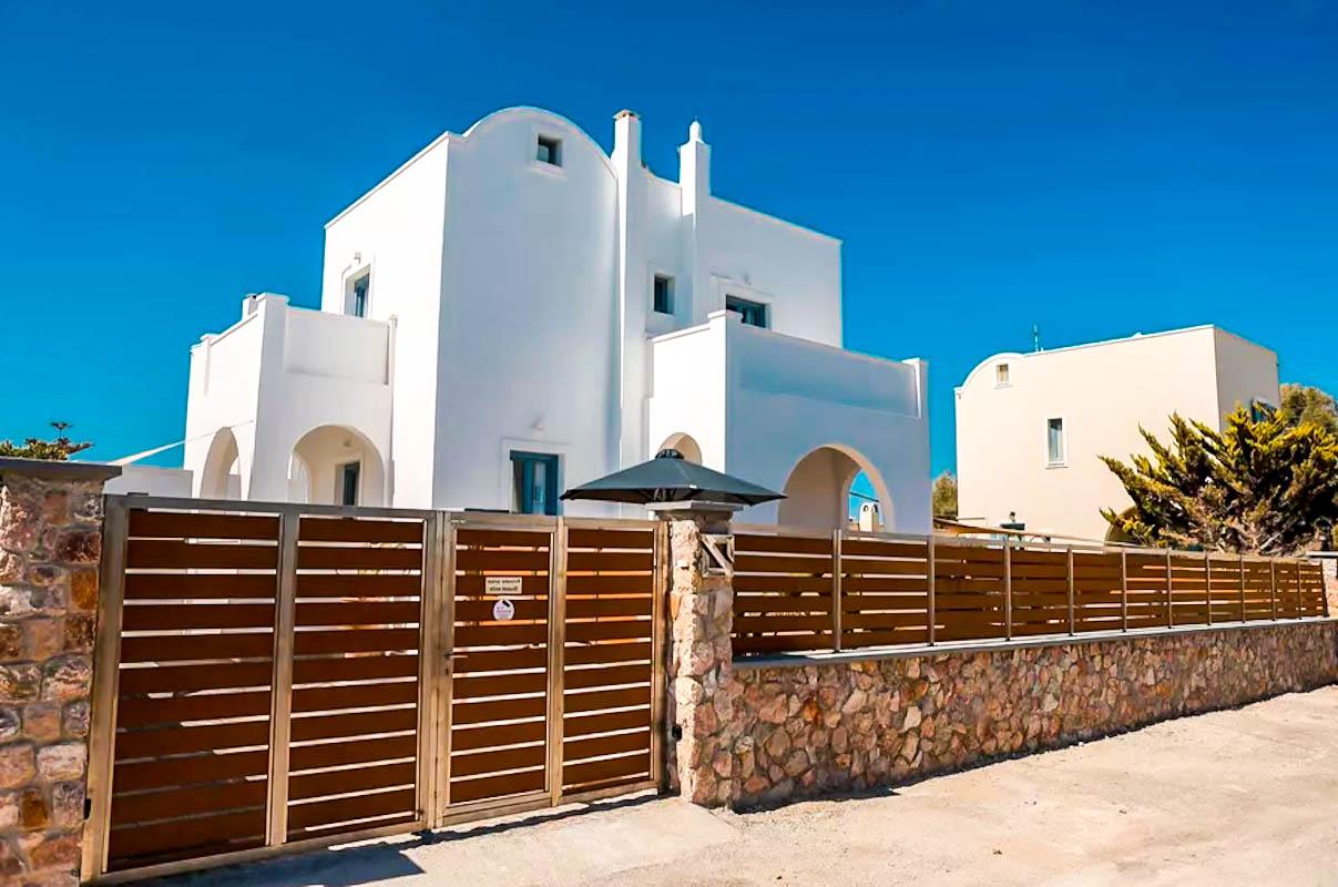 House for Sale at Monolitho Santorini