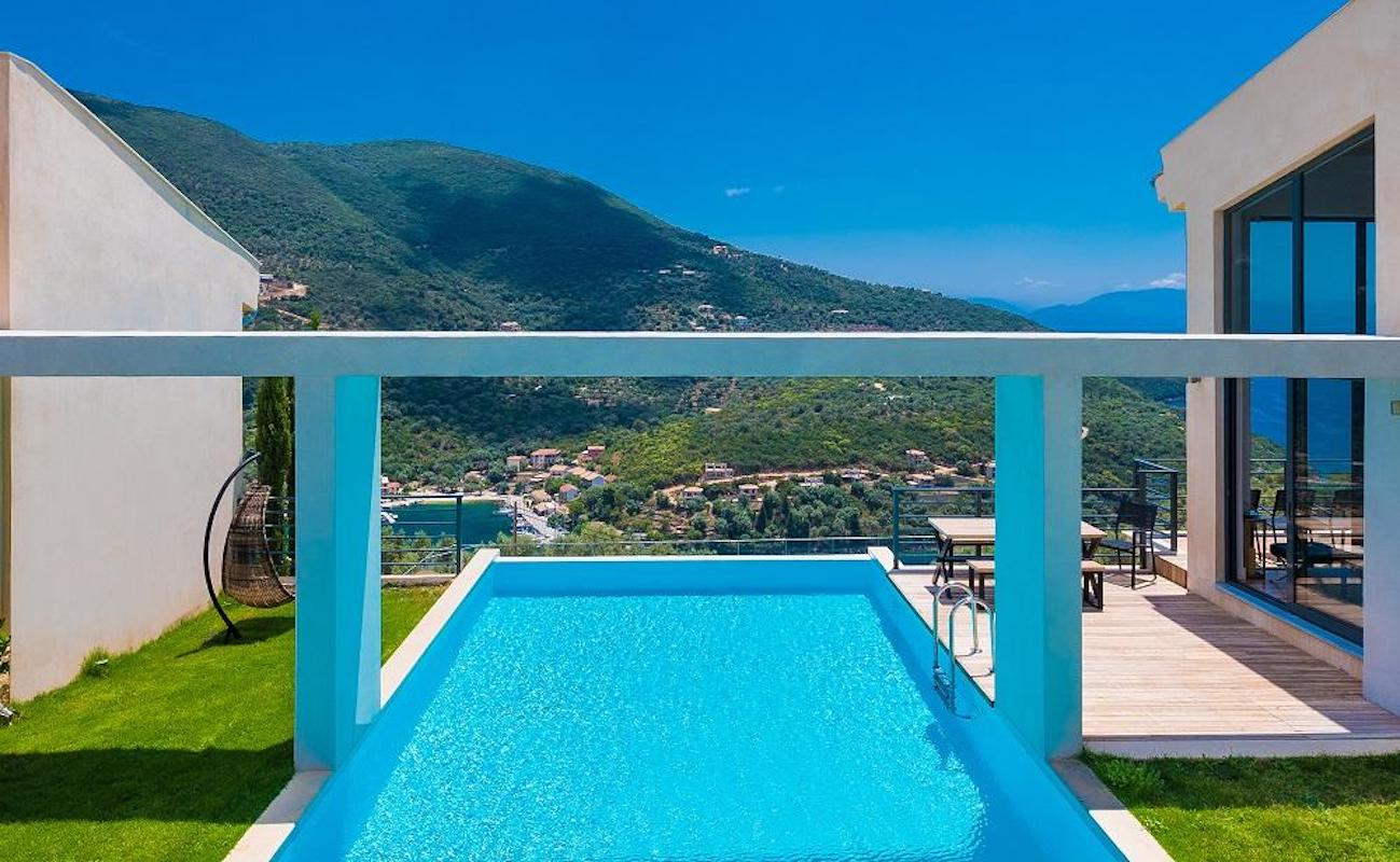 3 Houses for sale in Lefkada Greece, Syvota