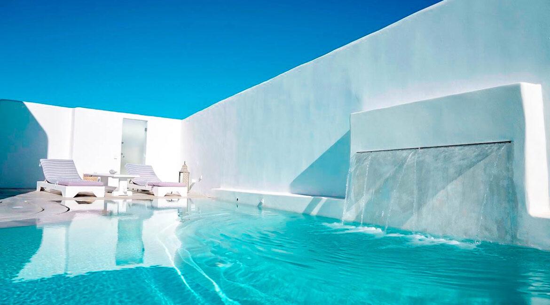 Luxury Property Antiparos Island Greece. Luxury Villas in Greek Islands 22