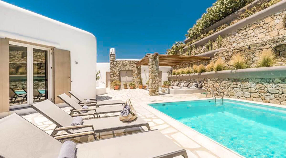 Luxury Property for Sale Mykonos Agios Lazaros. Mykonos Greece Luxury Properties 31