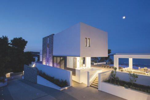 Luxury Seafront Property in Skiathos Greece. Hyperlux Seafront Villa in Greece 14