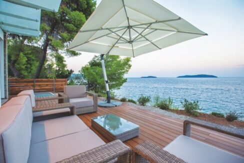 Luxury Seafront Property in Skiathos Greece. Hyperlux Seafront Villa in Greece 17
