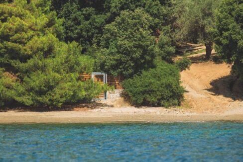 Luxury Seafront Property in Skiathos Greece. Hyperlux Seafront Villa in Greece 19