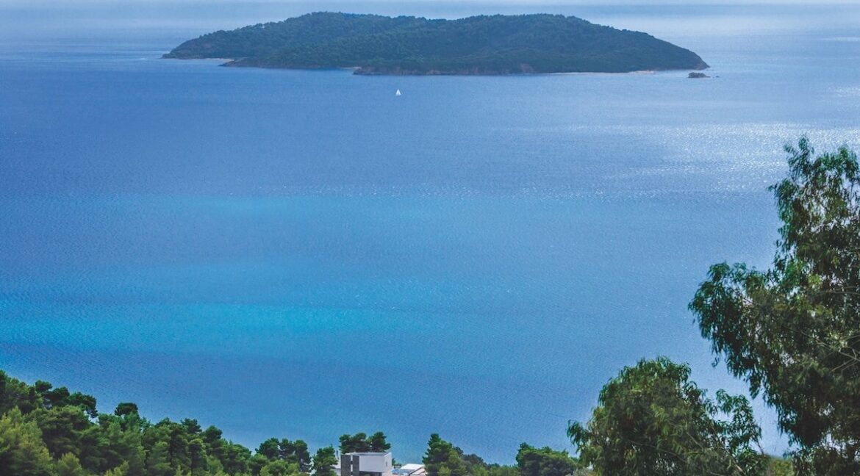 Luxury Seafront Property in Skiathos Greece. Hyperlux Seafront Villa in Greece 21