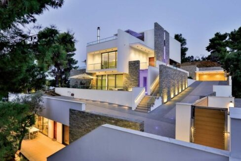 Luxury Seafront Property in Skiathos Greece. Hyperlux Seafront Villa in Greece 26