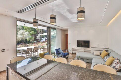 Luxury Seafront Property in Skiathos Greece. Hyperlux Seafront Villa in Greece 5