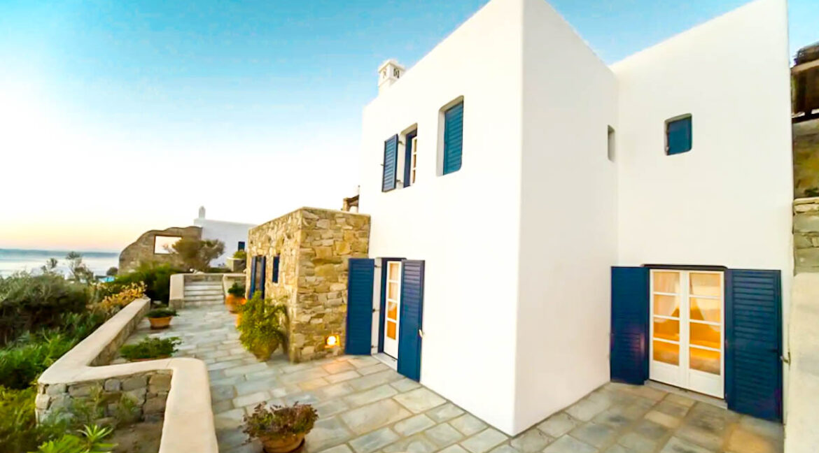 Mykonos Property walking distance from the beach, Elia Beach