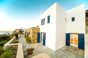 Mykonos Property walking distance from the beach, Elia Beach