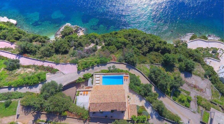 Seafront Estate in Corfu Greece. Luxury Homes in Corfu Greece 10