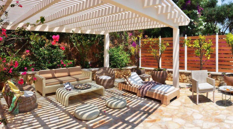 Seafront Estate in Corfu Greece. Luxury Homes in Corfu Greece 8