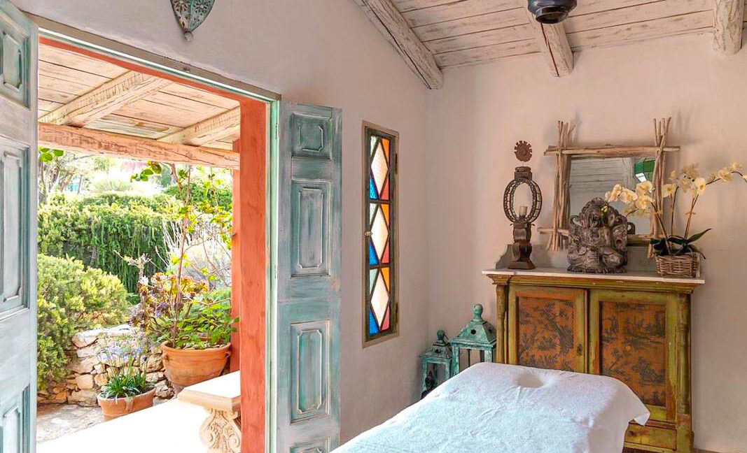 Seafront Estate in Zakynthos, Seafront Properties 1