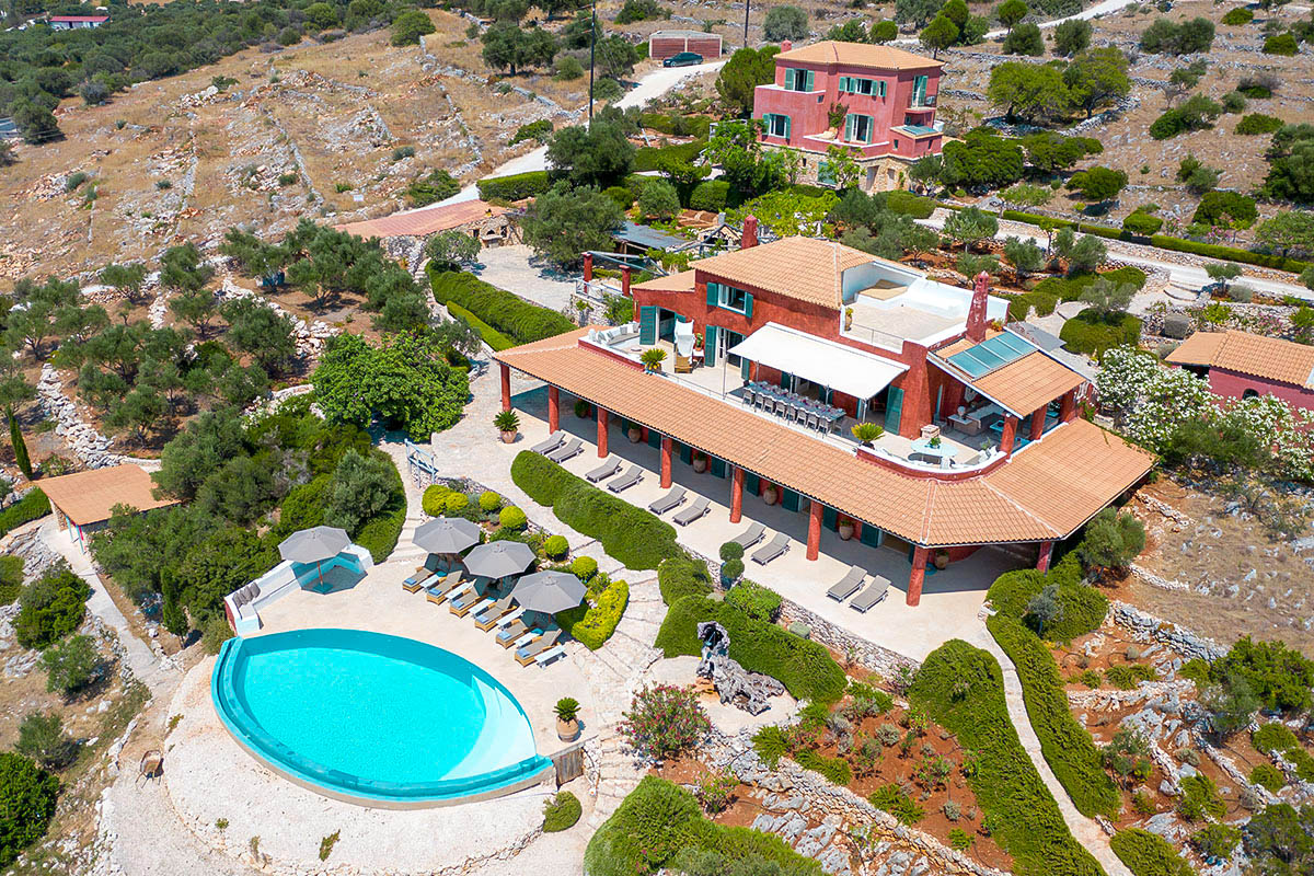 Seafront Estate in Zakynthos in 24.000 sqm land !