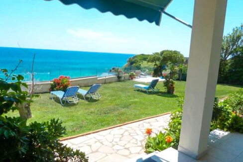 Seafront House in Corfu for sale. Corfu Properties 27