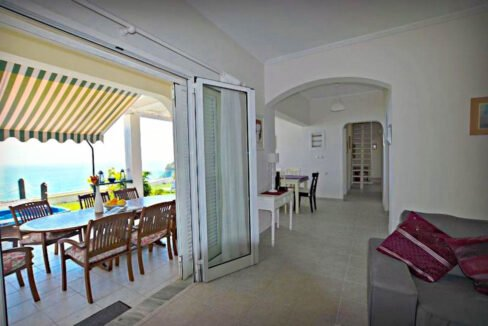 Seafront House in Corfu for sale. Corfu Properties 36