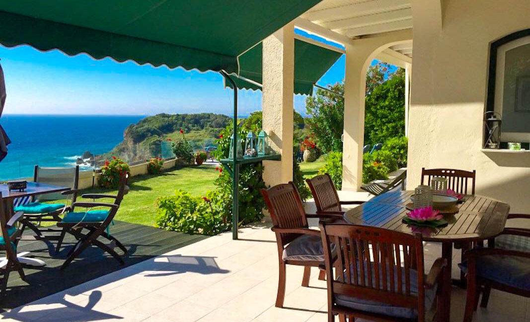 Seafront House in Corfu for sale. Corfu Properties 38