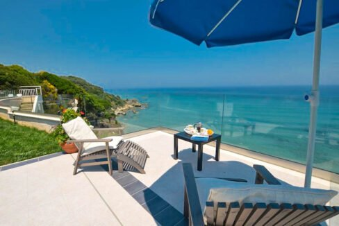 Seafront House in Corfu for sale. Corfu Properties 41