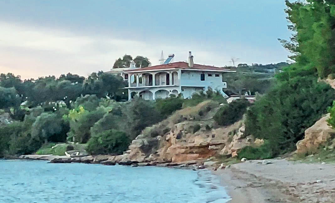 Seafront House in Evia Greece. Seafront Property in Euboea Greece 19
