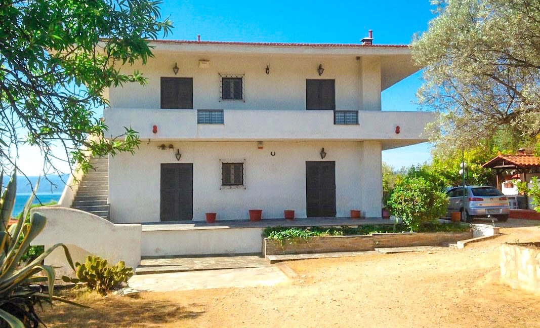 Seafront House in Evia Greece. Seafront Property in Euboea Greece 9