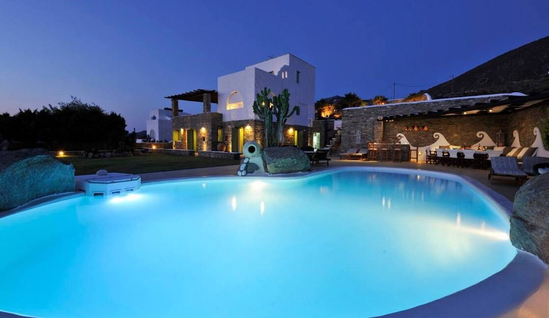 Villa in Paros with panoramic views. Luxury Estates in Paros Greece 2
