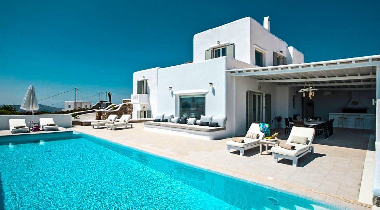 Villa near Chora Mykonos, Villa in Tourlos Mykonos for Sale 3