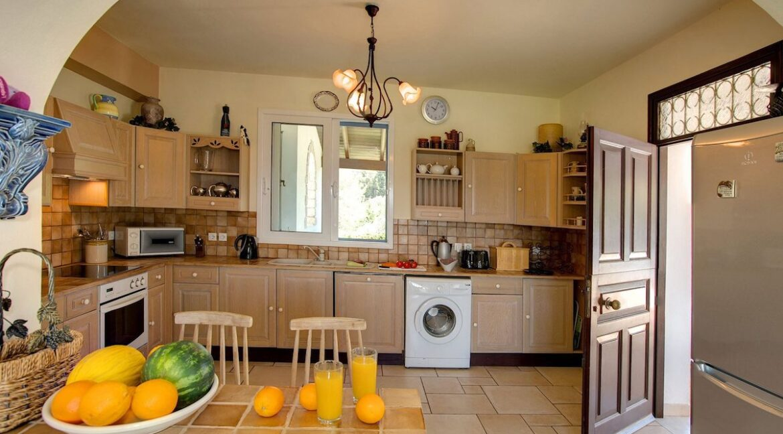 Villa near Kassiopi Corfu for sale, Corfu Luxury Homes 15