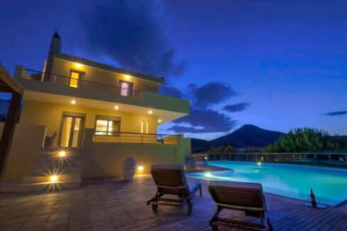 Villas near the sea in Athens, Sounio South Athens. Luxury Properties 42
