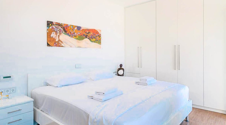 Beautiful Sea View villa in Paros Greece for Sale 11