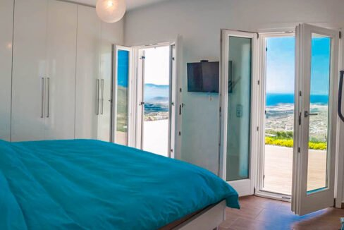 Beautiful Sea View villa in Paros Greece for Sale 27