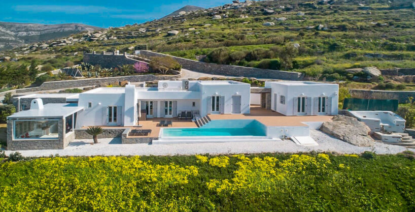 Beautiful Sea View villa in Paros Greece for Sale