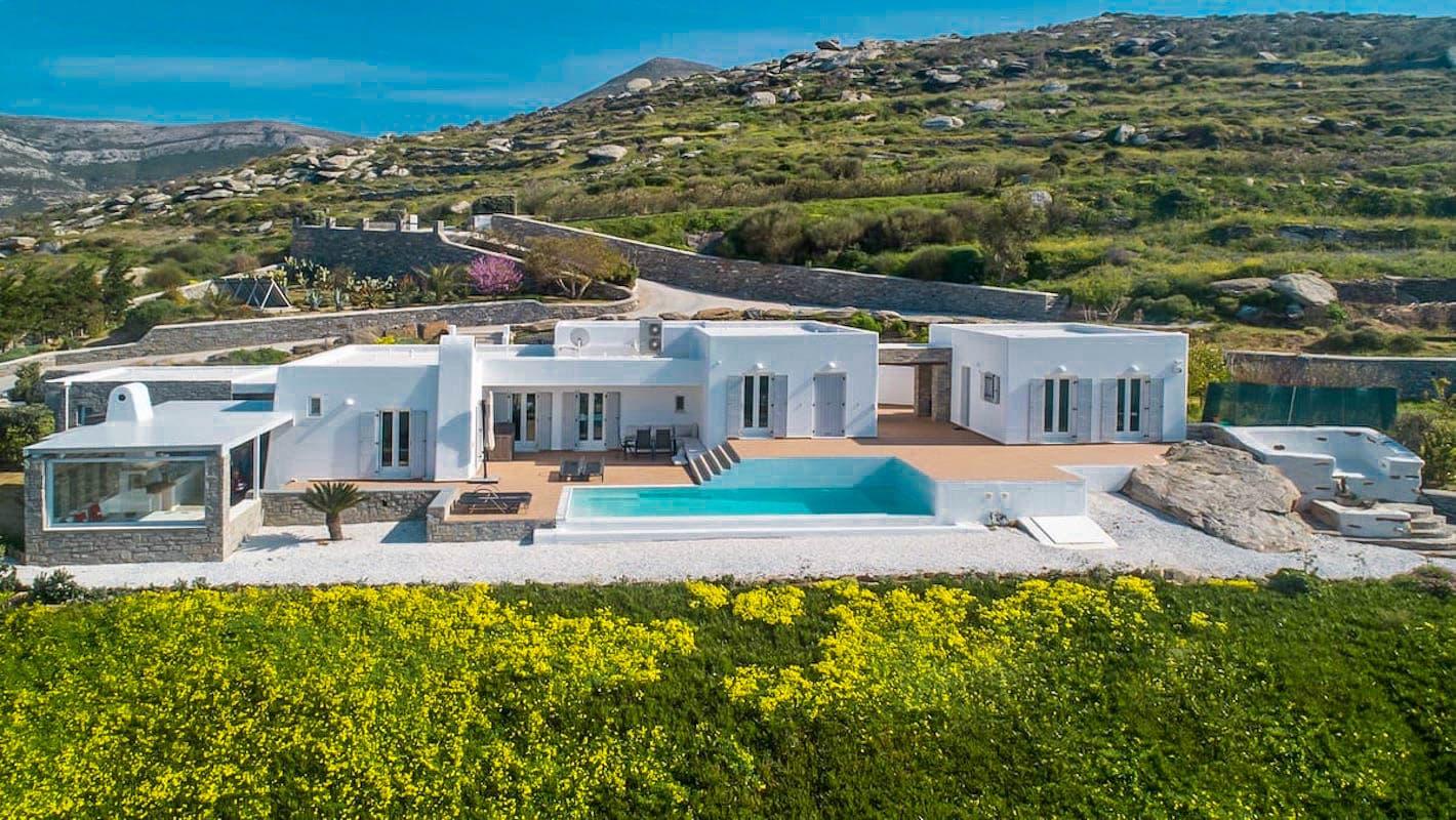 Beautiful Sea View villa in Paros